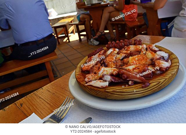 Pulpo a la gallega, a Spanish braised octopus with Paprika recipe
