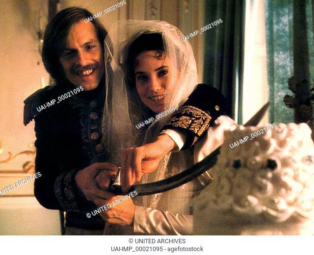 Die Duellisten, (THE DUELLISTS) GB 1977, Regie: Ridley Scott, KEITH CARRADINE, CRISTINA RAINES, Key: Säbel, Braut, Hochzeitstorte