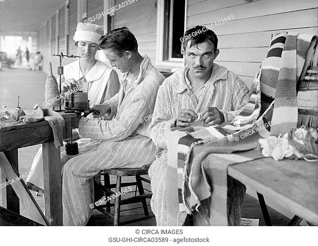 Recovering Soldiers, Walter Reed General Hospital, Washington DC, USA, Harris & Ewing, 1918