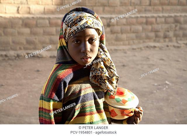 Portrait of a pre-teen girl in Djenne, Mali
