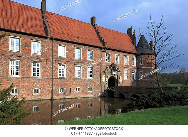 Germany. Herten, Ruhr area, Westphalia, North Rhine-Westphalia, NRW, moated castle, ditch, Late Gothic, LWL, Landschaftsverband Westfalen-Lippe