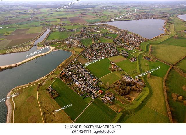 Aerial view, Suedsee lake, Luettigen, oxbow lake of the Rhine, Xanten, Niederrhein region, North Rhine-Westphalia, Germany, Europe
