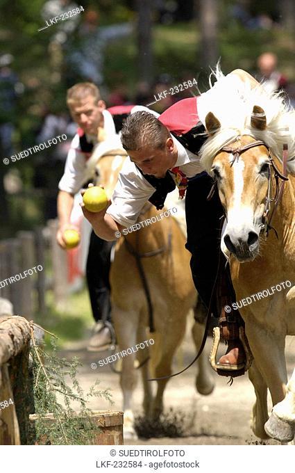 Tournament, Oswald von Wolkenstein Ritt, Event 2005, Voelser Weiher, Voels am Schlern, South Tyrol, Italy