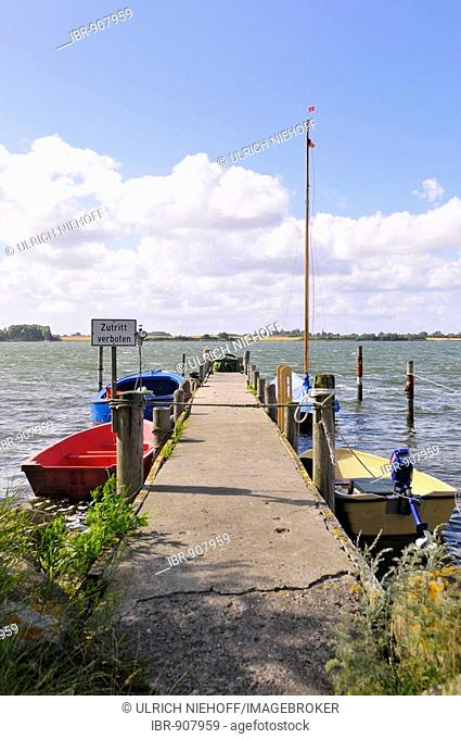 Pier on the Wormshoefter Noor in Maasholm, Baltic Coast, Schleimuendung or Schlei Estuary, Schleswig-Holstein, Germany, Europe