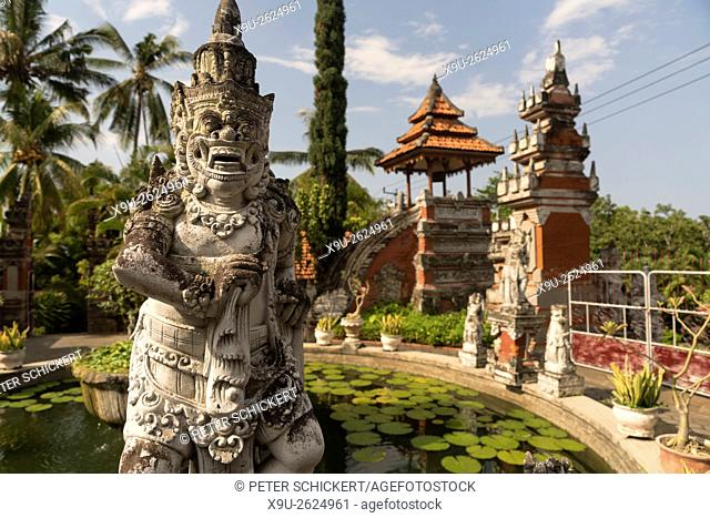 Statue at the Buddhist temple Brahma Vihara Arama in Banjar, Lovina, Bali, Indonesia