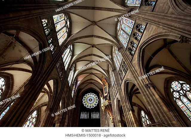 France, Bas Rhin, Strasbourg, old town listed as World Heritage by UNESCO, Notre Dame Cathedral, rose 15 m in diameter, organ