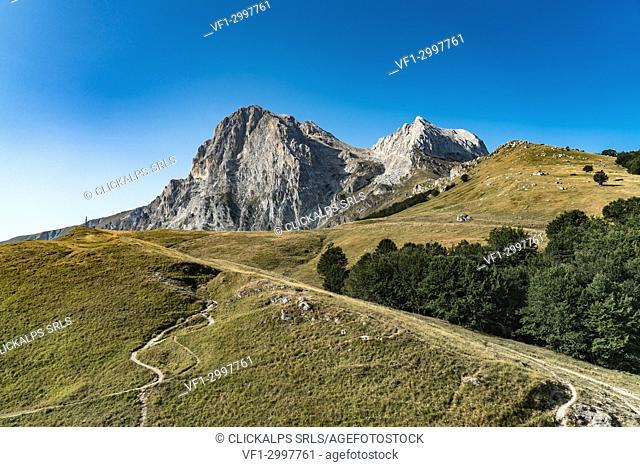 Gran Sasso pathway from Cima Alta, Campo Imperatore, L'Aquila province, Abruzzo, Italy, Europe