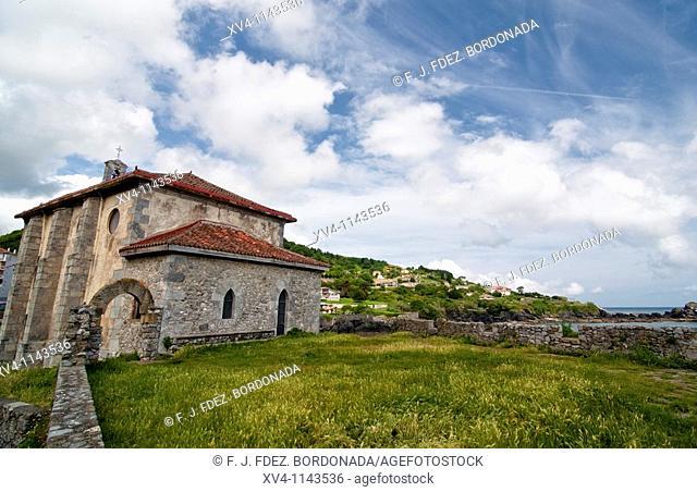 Santa Catalina Chapel  Mundaka village  Urdaibai Biosphere Reserve of Biscay, Basque Country  Spain  Europe