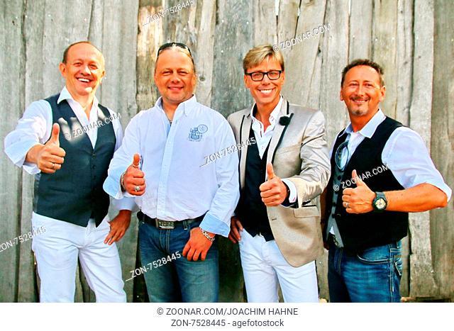 Daumen hoch bei den Die Feldberger (Musiker / Musikgruppe /Band) in der ARD-TV-Sendung