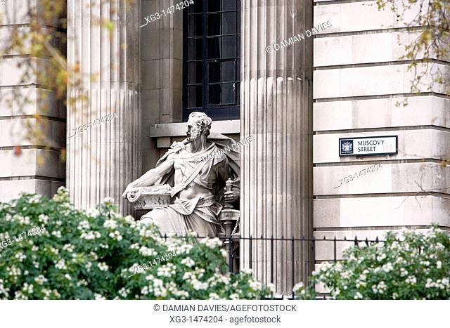 Statue in Muscovy Street, London, England