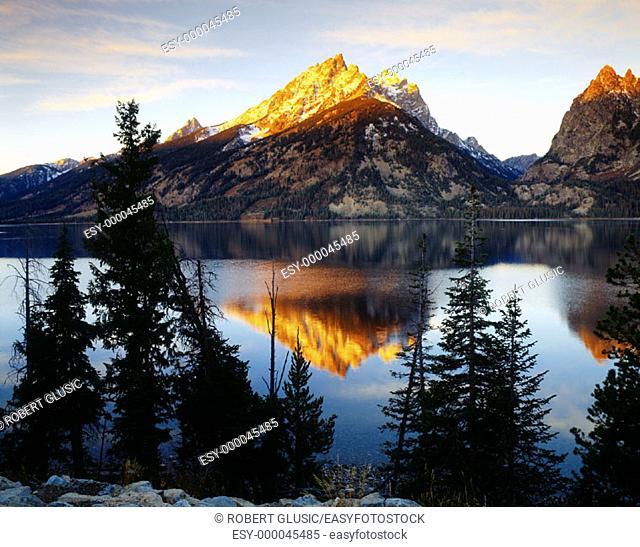 Jenny Lake. Grand Teton National Park. Wyoming. USA