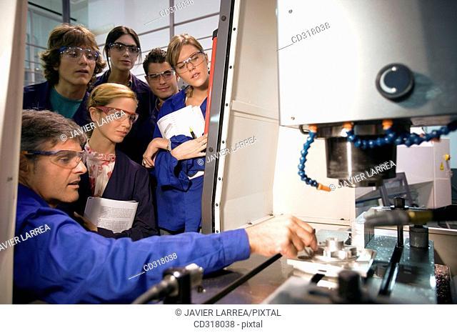 Polytechnic School, University of the Basque Country, Donostia, Gipuzkoa, Basque Country. Students, Tool-Machine Laboratory, Mechanical Engineering Department