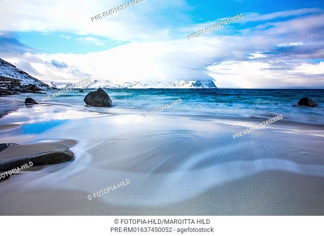Seaview at Vikten beach, Flagstadøya, Lofoten, Nordland, Norway, March 2017, looking southwest / Meerblick am Strand von Vikten, Flagstadøya, Lofoten, Nordland