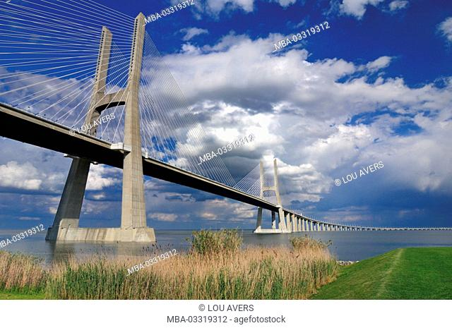 Portugal, Lisbon, Ponte Vasco da Gama over Rio Tejo