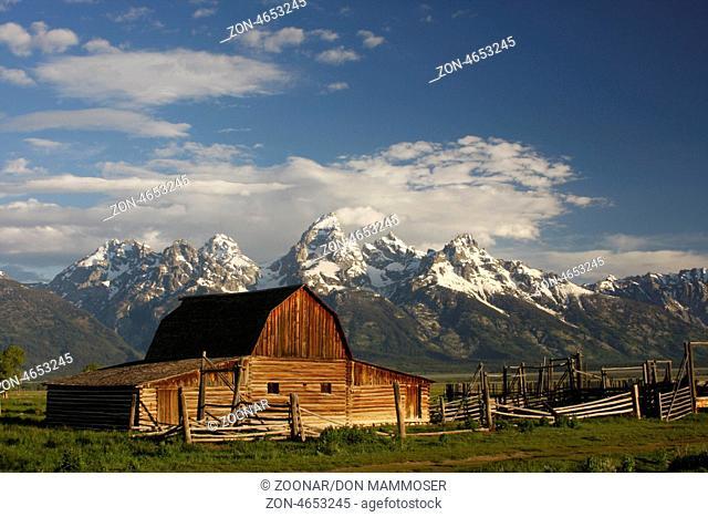 Mormon row barn, Grand Teton National Park, Wyoming, USA