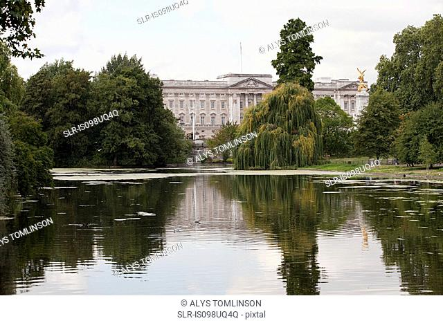 Lake at St James's Park and Buckingham Palace, London