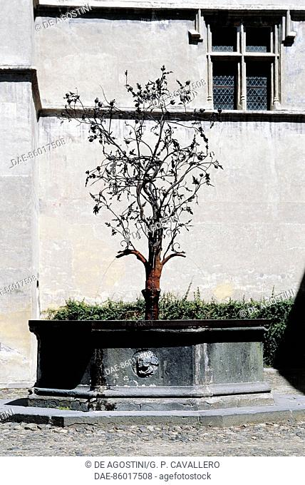 Pomegranate fountain, 1502, courtyard of Issogne castle, Aosta Valley, Italy, 16th century