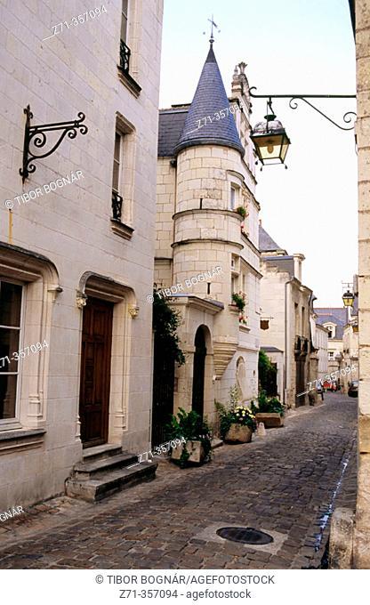Saint Maurice, rue Haute. Chinon. Loire valley. France