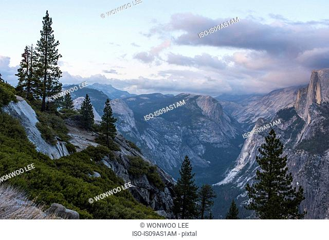 Elevated view of mountain peaks, Yosemite National Park, California, USA