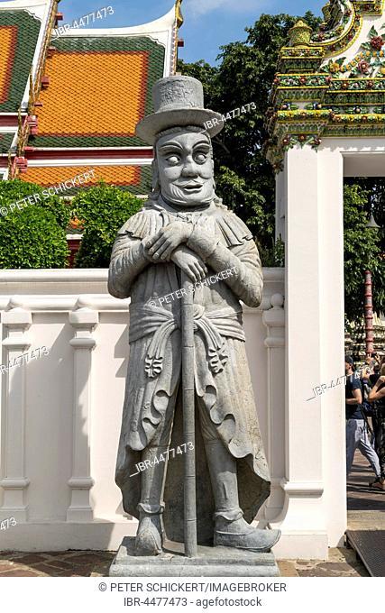 Temple guardian at Wat Pho temple, Bangkok, Thailand