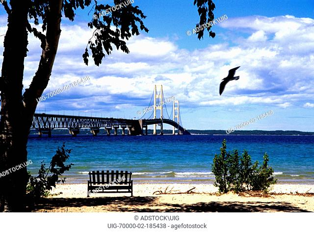 Mackinac suspension bridge michigan Stock Photos and Images | age