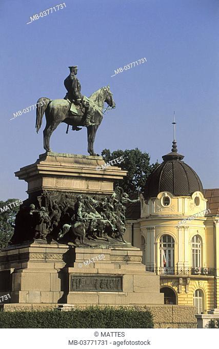 Bulgaria, Sofia, place Narodno Sabranie,  Monument, Czar Alexander II.  Europe, southeast Europe, Balkans peninsula, Republika Balgarija, city, capital