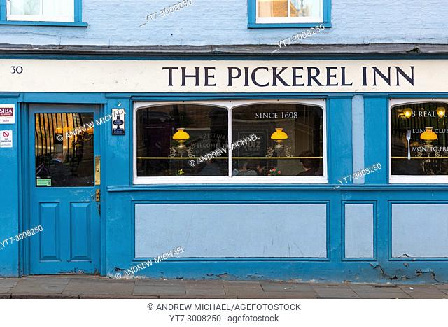 Ancient pub The Pickerel Inn, founded in 1608 on Bridge St Cambridge city, England, UK