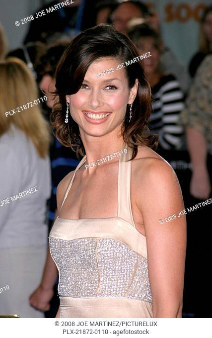 I, Robot Premiere 7-7-2004 Bridget Moynahan Photo by Joe Martinez