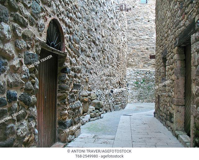 Besalú Street, Girona, Catalonia, Spain