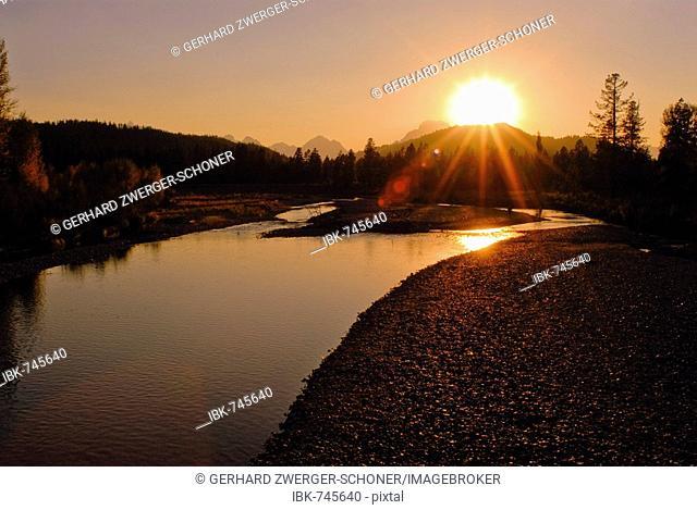 Evening mood, river, Grand Teton Range, Grand Teton National Park, Wyoming, USA, North America