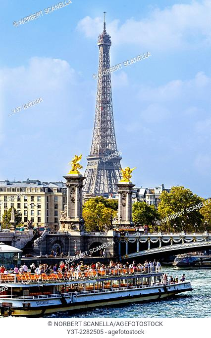 Europe. France. Ile-de-France. Paris. Effel Tower and Boat on the Seine river