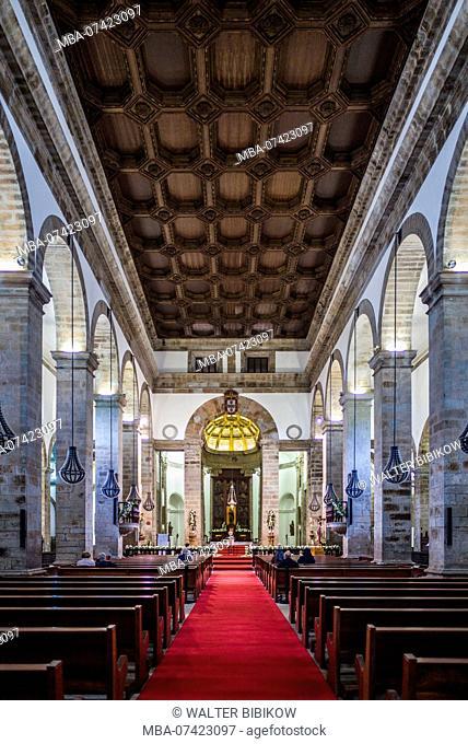 Portugal, Azores, Terceira Island, Angra do Heroismo, Santissimo Salvador da Se cathedral church interior