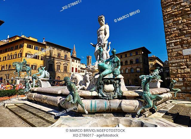 Fountain of Neptune by Bartolomeo Ammannati in Piazza della Signoria, Florence, Italy