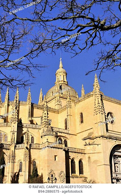 Segovia Cathedral, Gothic-style Roman Catholic cathedral located in the main square (Plaza Mayor) of the city of Segovia, in the community of Castile-Leon