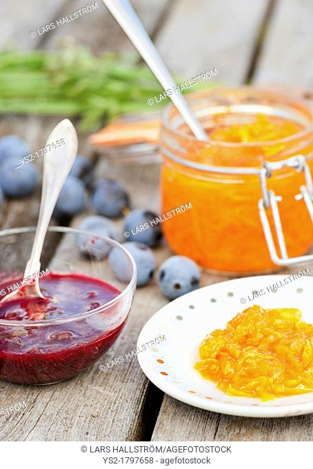 Organic marmalade from bullace plums and carrot marmalade