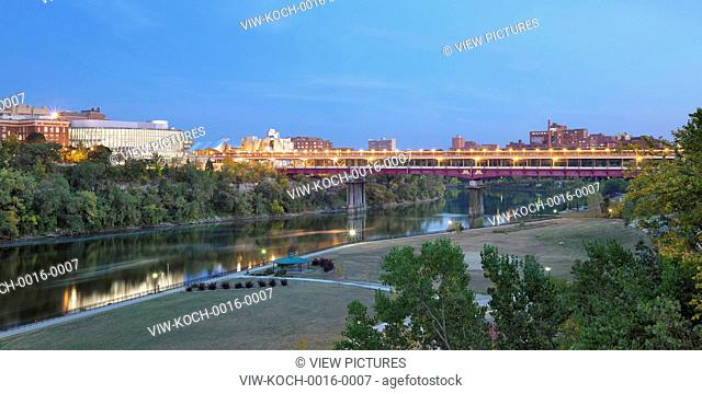Elevated panoramic context view with Mississippi River and Washington Avenue Bridge. University of Minnesota, Bruininks Hall, (STSS), Minneapolis, United States
