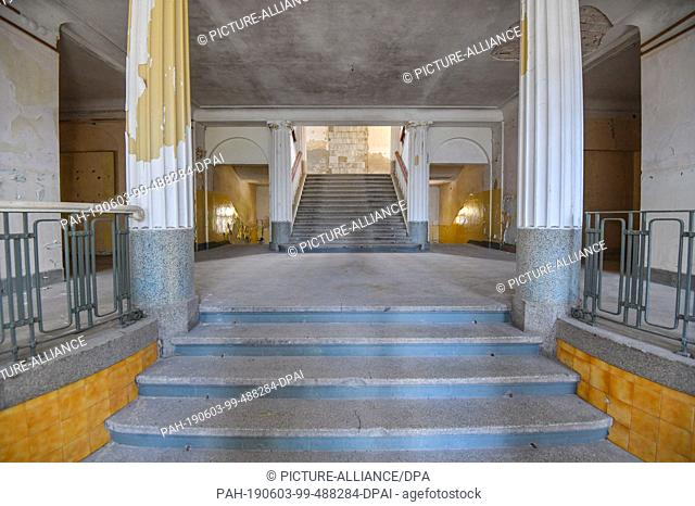 29 May 2019, Brandenburg, Wünsdorf: The former military area House of Officers - staircase in the main building. The area was a military gymnasium (1919)