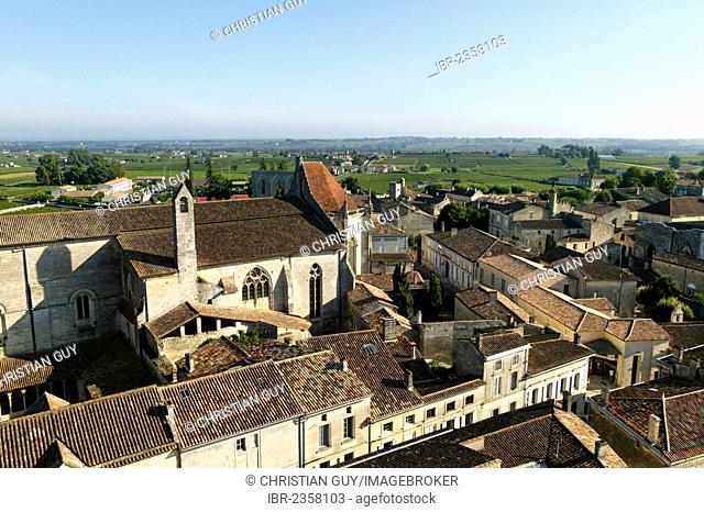 Saint Emilion, UNESCO World Heritage, Bordeaux vineyard, Aquitaine, France, Europe