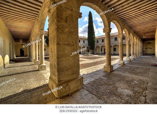 trilingue courtyard in university of alcala de henares. Spain