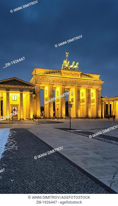 The Brandenburg Gate at night,Brandenburger Tor,Mitte,Berlin,Germany