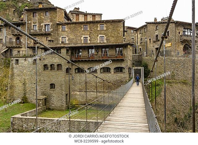 RUPIT, CATALONIA, SPAIN: View of the historic center of Rupit with its hanging footbridge