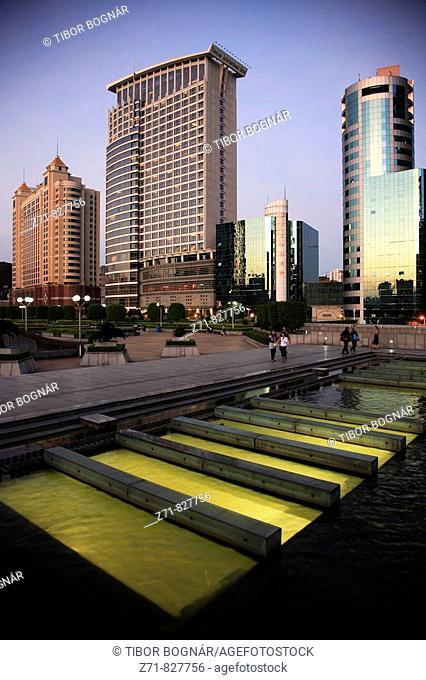 China, Guangdong Province, Guangzhou, East Station Square, Tianlun International Hotel