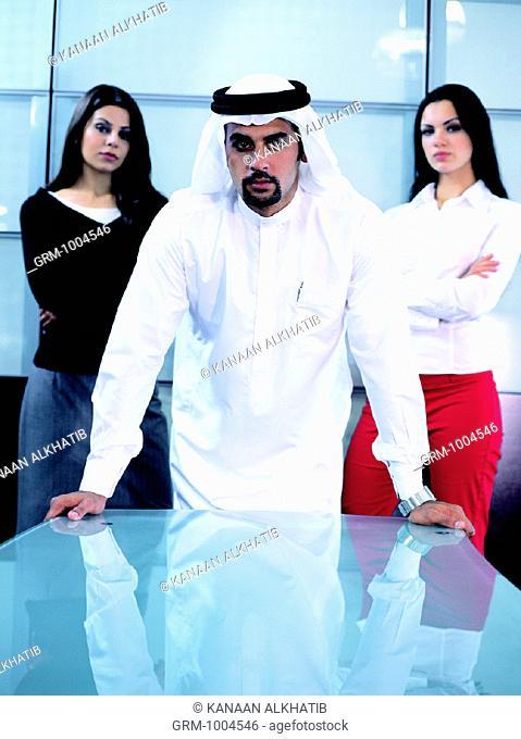 Confident businesspeople
