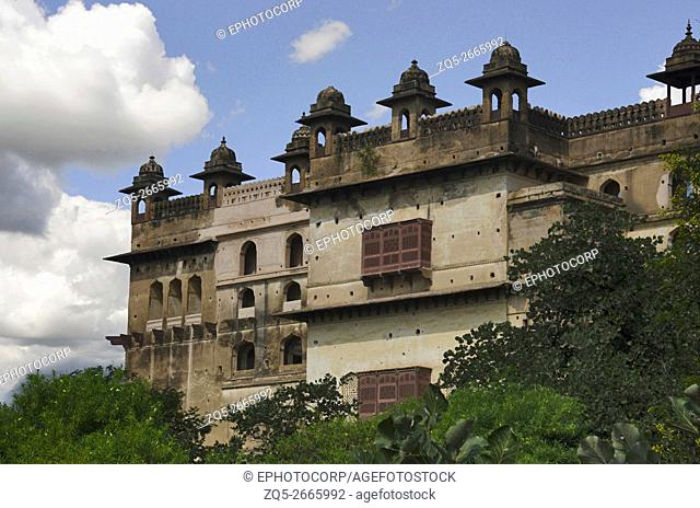 Exterior partial view of Raj Mahal, Orchha Palace (Fort) Complex, where the kings and the queens resided till it was abandoned in 1783, Madhya Pradesh, India