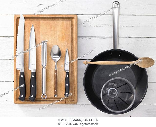 Kitchen utensils for the preparation of crostinis