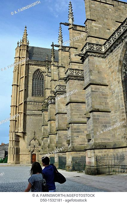 Limoges Cathedral Cathédrale Saint-Étienne de Limoges is a Roman Catholic cathedral, and a national monument of France, situated in Limoges It is the seat of...
