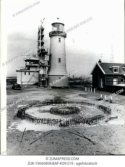 Aug. 08, 1966 - A Lighthouse to be moved: Owing to the reshaping of the harbour mouth at Ijmuiden, W. Netherlands, is to be rolled to a new site about 40 metres...