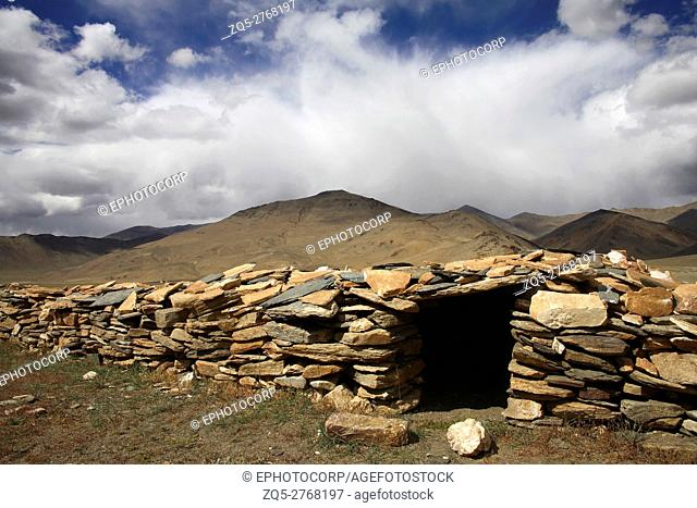 A temporary shelter built by nomads at Rupsu plateau, Himachal pradesh, India