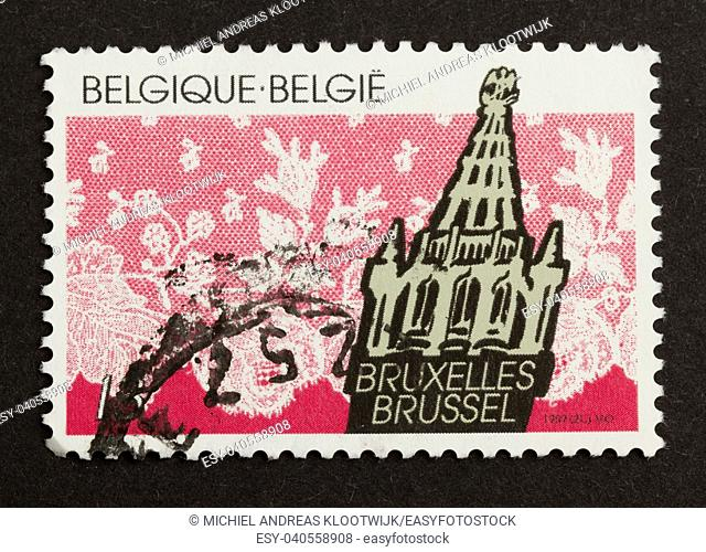 BELGIUM - CIRCA 1970: Stamp printed in Belgium shows a building in the city of Brussel, circa 1970