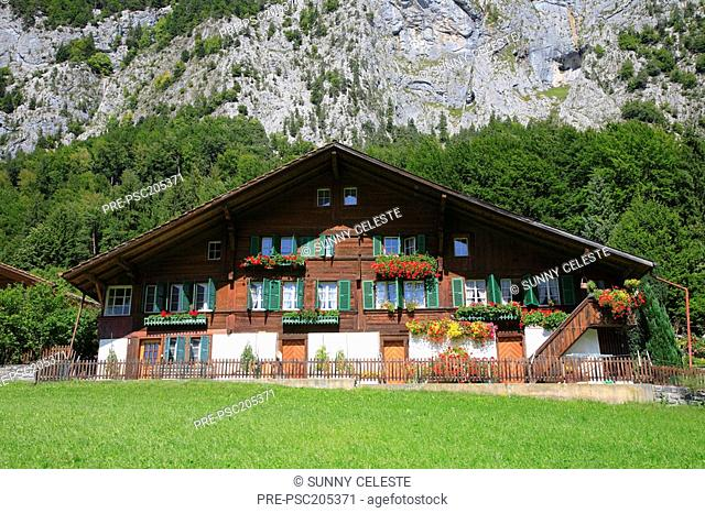 Farm house, Simmental, Kanton Berne, Switzerland